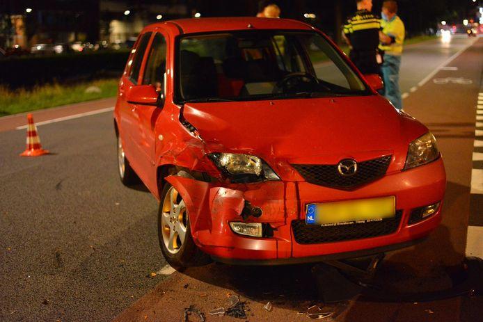 Ongeluk met auto en bestelbus in Breda.