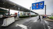 "11 transmigranten opgepakt rond snelwegparking: ""Structurele maatregelen op komst"""