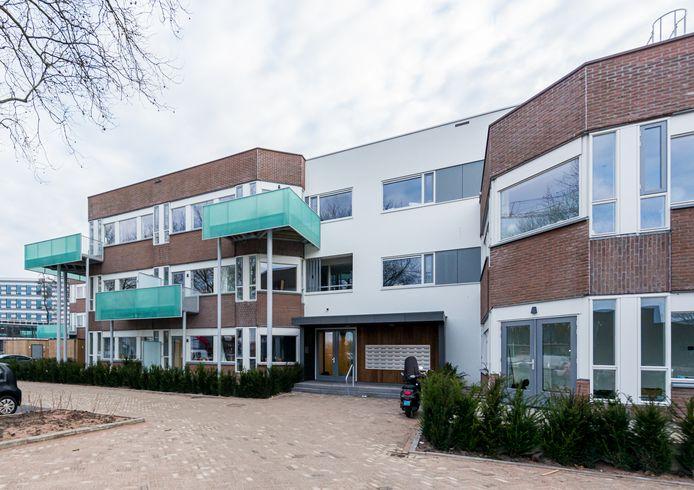 Het wooncomplex aan de Larikslaan in Leusden waar de verdachte als lastige huurder werd uitgezet.