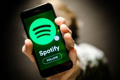 'Don't Stand So Close to Me': ons luistergedrag op Spotify is veranderd door de coronacrisis