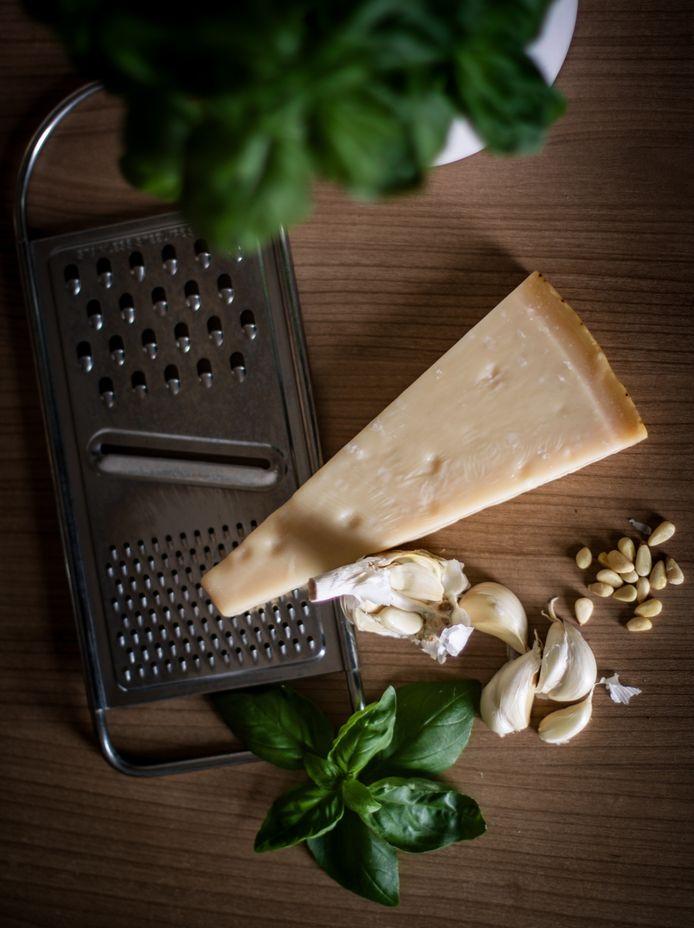 De klassieke ingrediënten van pesto genovese.