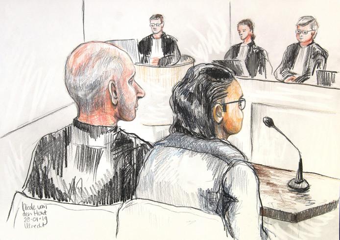 George L. (rechts) tijdens de inhoudelijk behandeling van zijn rechtszaak.