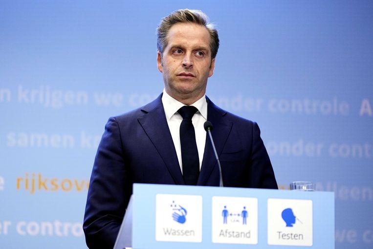 Demissionair coronaminister Hugo de Jonge tijdens de extra ingelaste persconferentie van vrijdag. Beeld ANP