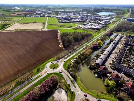 Dit jaar nog 460 nieuwe beuken langs N314  bij Warnsveld