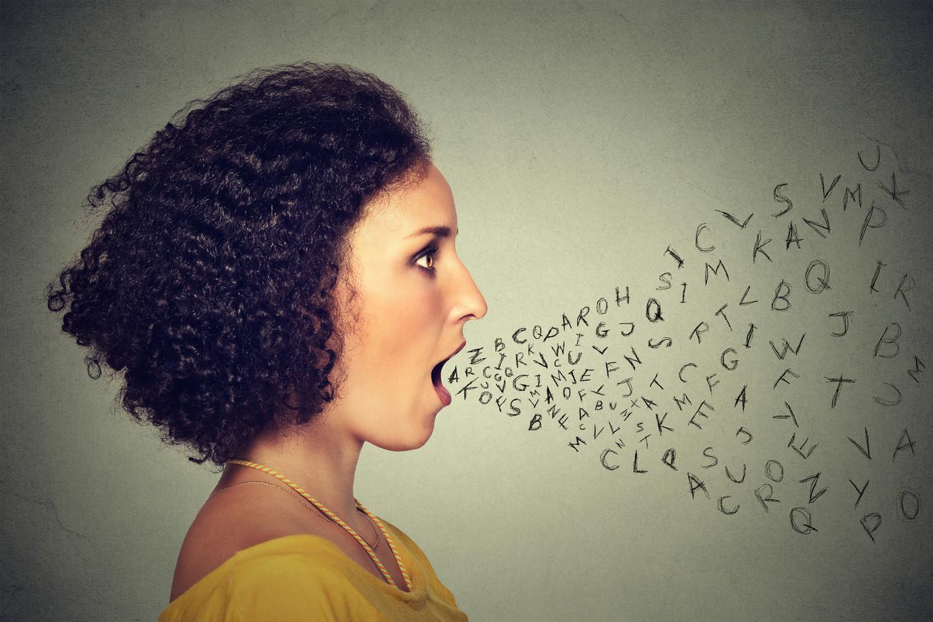 Schreeuwen? Beter van niet: het is slecht voor je stem.