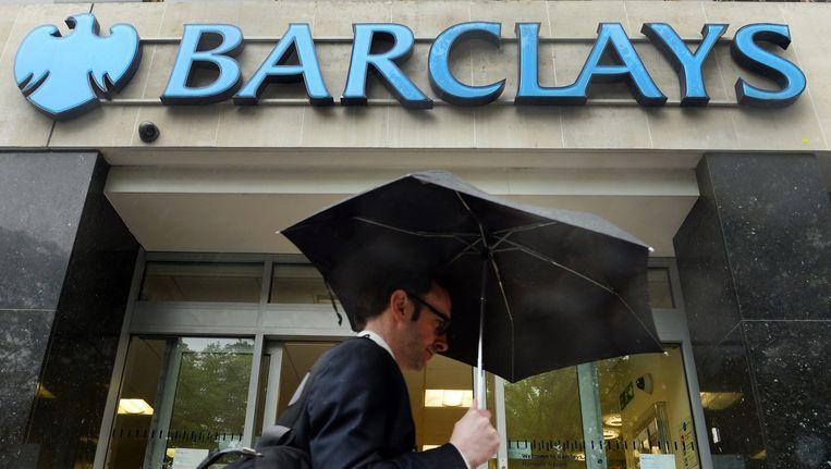 Britse bankiers krijgen te maken met strengere regels. Zo kunnen ze bonussen 7 jaar nadat ze toegekend zijn alsnog kwijtraken. Beeld epa