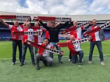 Feyenoord-supporters geraakt door nieuw lied zingende RET buschauffeurs. 'Iedereen vindt het mooi'