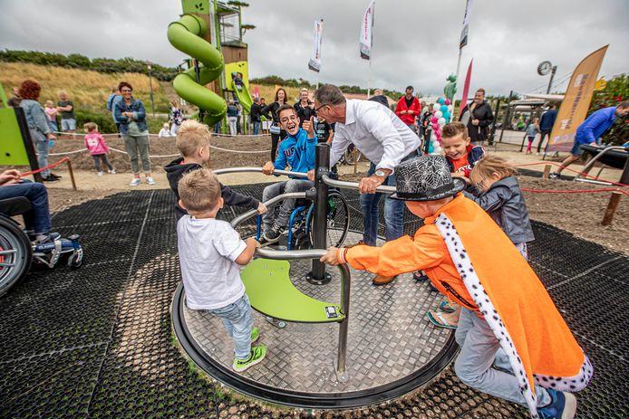 Schoolreisjes naar speeltuinen of pretparken blijven op het programma staan, ook als de school betaalt. © Thierry Schut