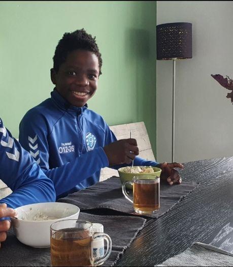 Samuel (13) en Tom (11) uit Deventer ademen De Graafschap: 'Maar als Go Ahead promoveert vinden ze dat ook leuk'