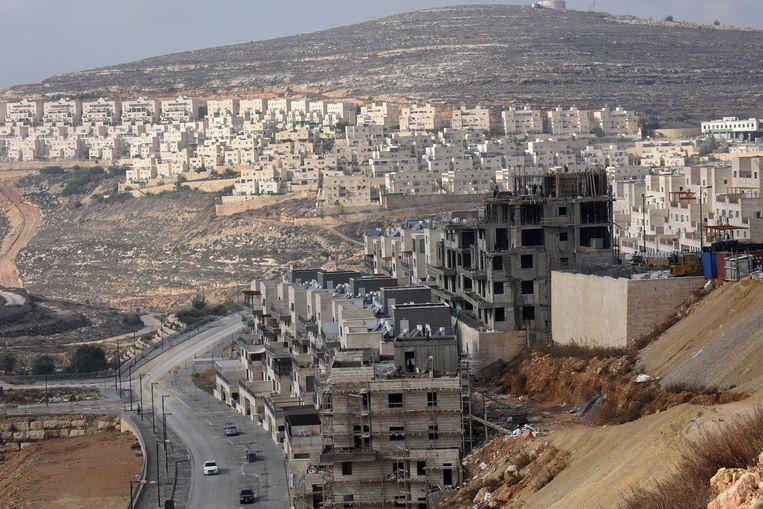 De Israëlische nederzetting Givat Ze'ev op de Westelijke Jordaanoever. <br /> Beeld Photo News