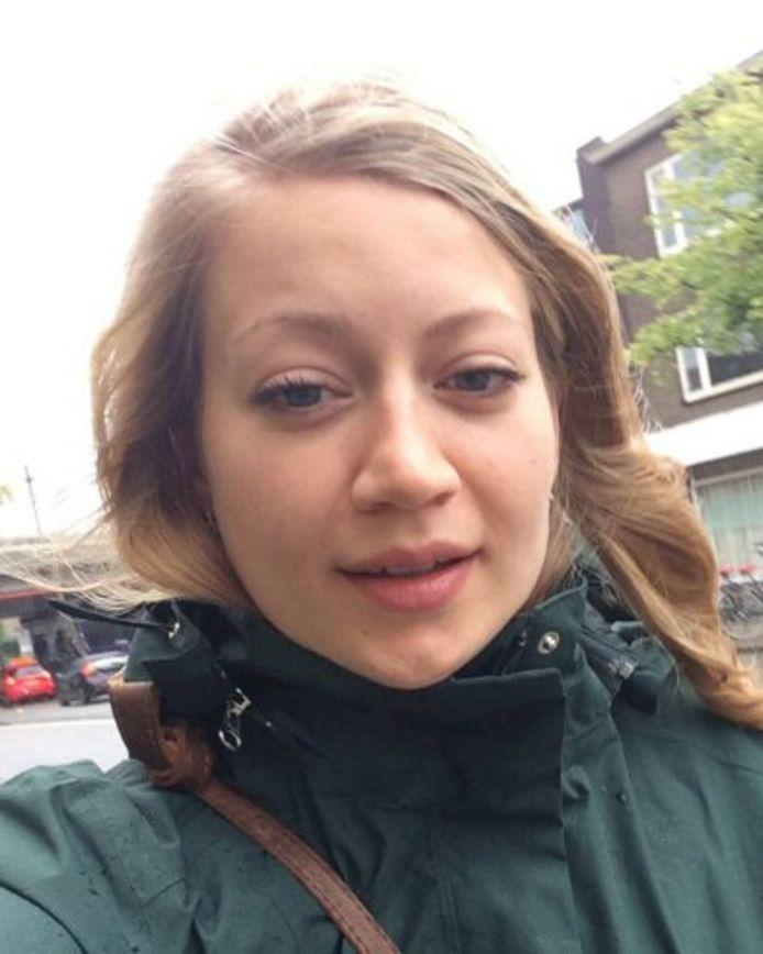 De foto die de politie van Anne Faber verspreidt.