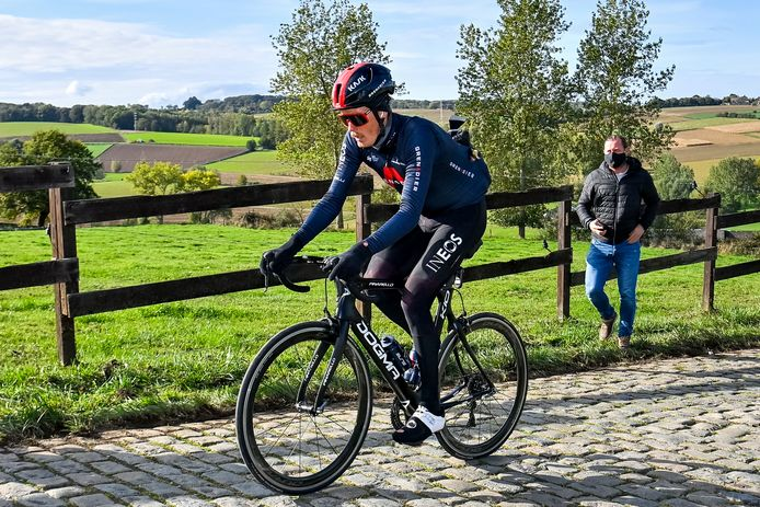 Van Baarle on an exploration prior to the Tour of Flanders.
