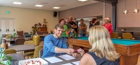 Nieuwe beheerder wil huiskamergevoel brengen in dorpshuis Schore