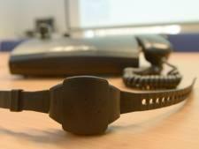Vers un bracelet anti-rapprochement pour empêcher violences conjugales et féminicides?