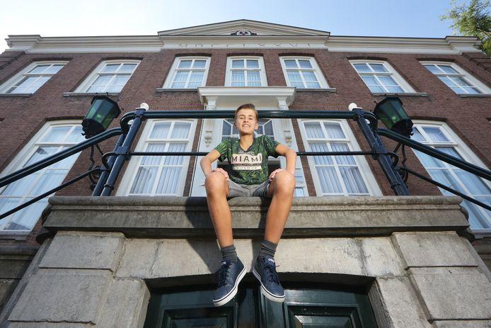 Danu Acs (11) was de afgelopen twee jaar jeugdburgemeester in Etten-Leur. Binnenkort neemt iemand anders het stokje over.