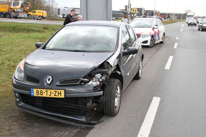 Auto's liepen forse schade op.