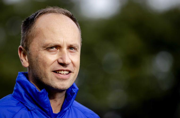 De nieuwe bondscoach van het Nederlandse vrouwenvoetbalelftal, de Engelsman Mark Parsons, is deze week in Zeist begonnen.  Beeld ANP