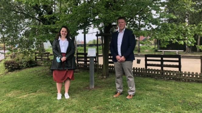 Nieuwe tuttenboom ingehuldigd aan petanqueplein