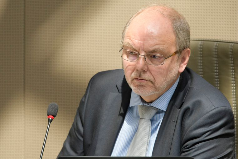 Christian Van Eyken.
