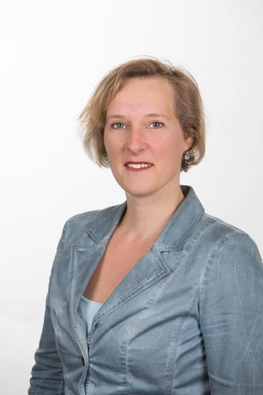 """Mariska Sturkenboom van DorpsGoed: ,,Niet overal staan vrouwen hoog op de kandidatenlijsten voor de gemeenteraadsverkiezingen. Maar met voorkeursstemmen kunnen ze toch in de raad komen. Als maar genoeg mensen op vrouwen stemmen""""."""