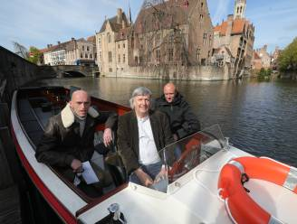 """Ook aan de Rozenhoedkaai ligt nu een elektrische toeristenboot: """"Milieuvriendelijker, stiller en ruimer"""""""