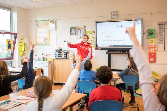 Voor Thijs Jonker is zijn stage in groep 6 van de Willibrordusschool in Zierikzee een van de hoogtepunten van het studentenleven.