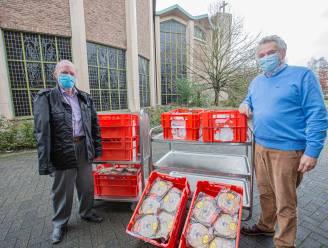 Ben Bessemans schenkt op Maria-Lichtmis bijna 3.000 pannenkoeken aan wzc Sint-Rafaël