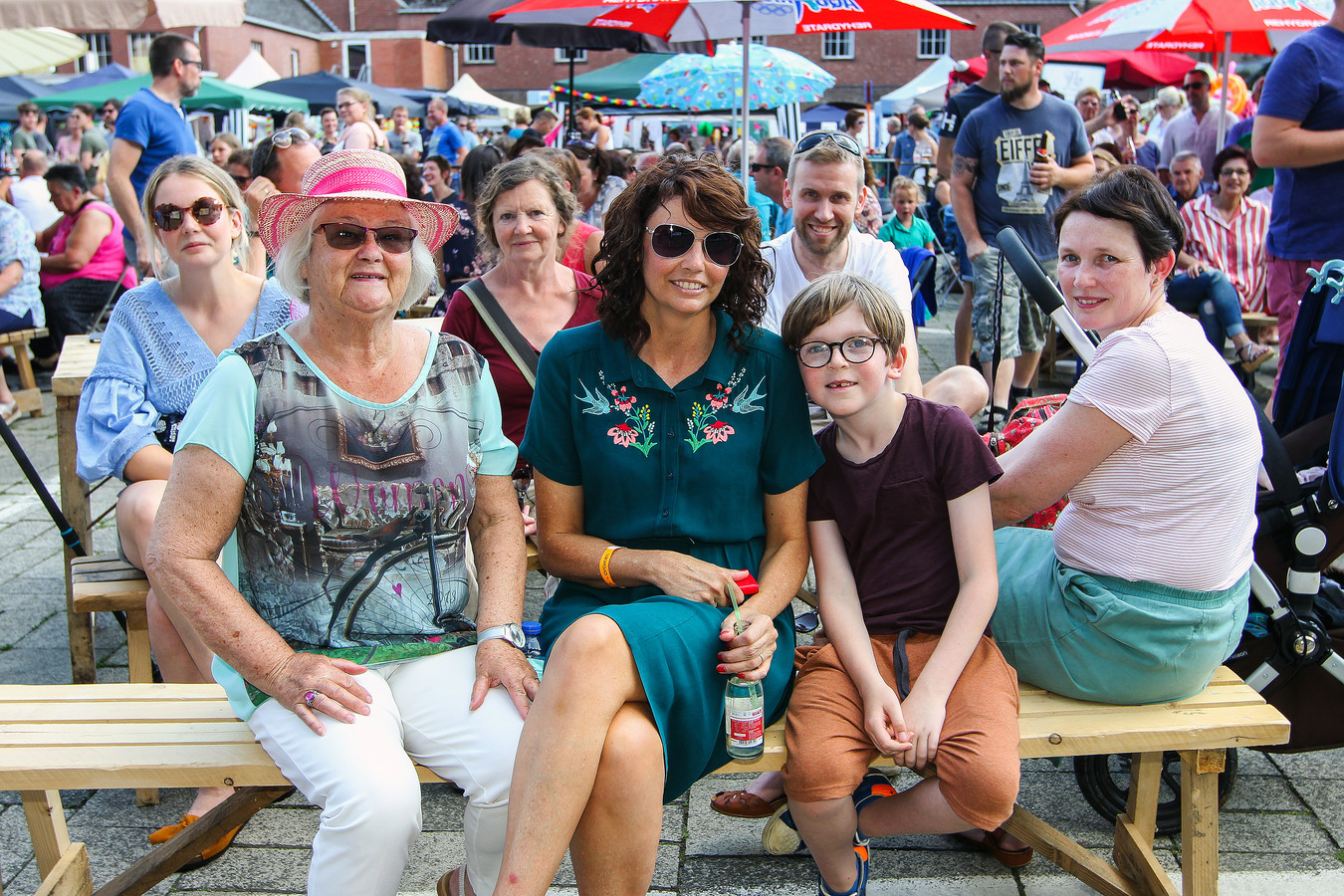 De eerste editie van Hiejel Berrechoem Boate lokte al meteen veel volk.