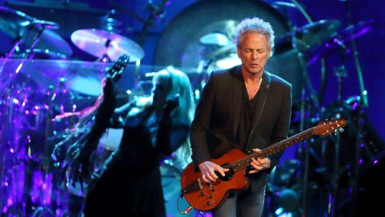 Zanger Stevie Nicks (l) en gitariste Lindsey Buckingham (r) van de Brits-Amerikaanse rockband Fleetwood Mac. Beeld anp