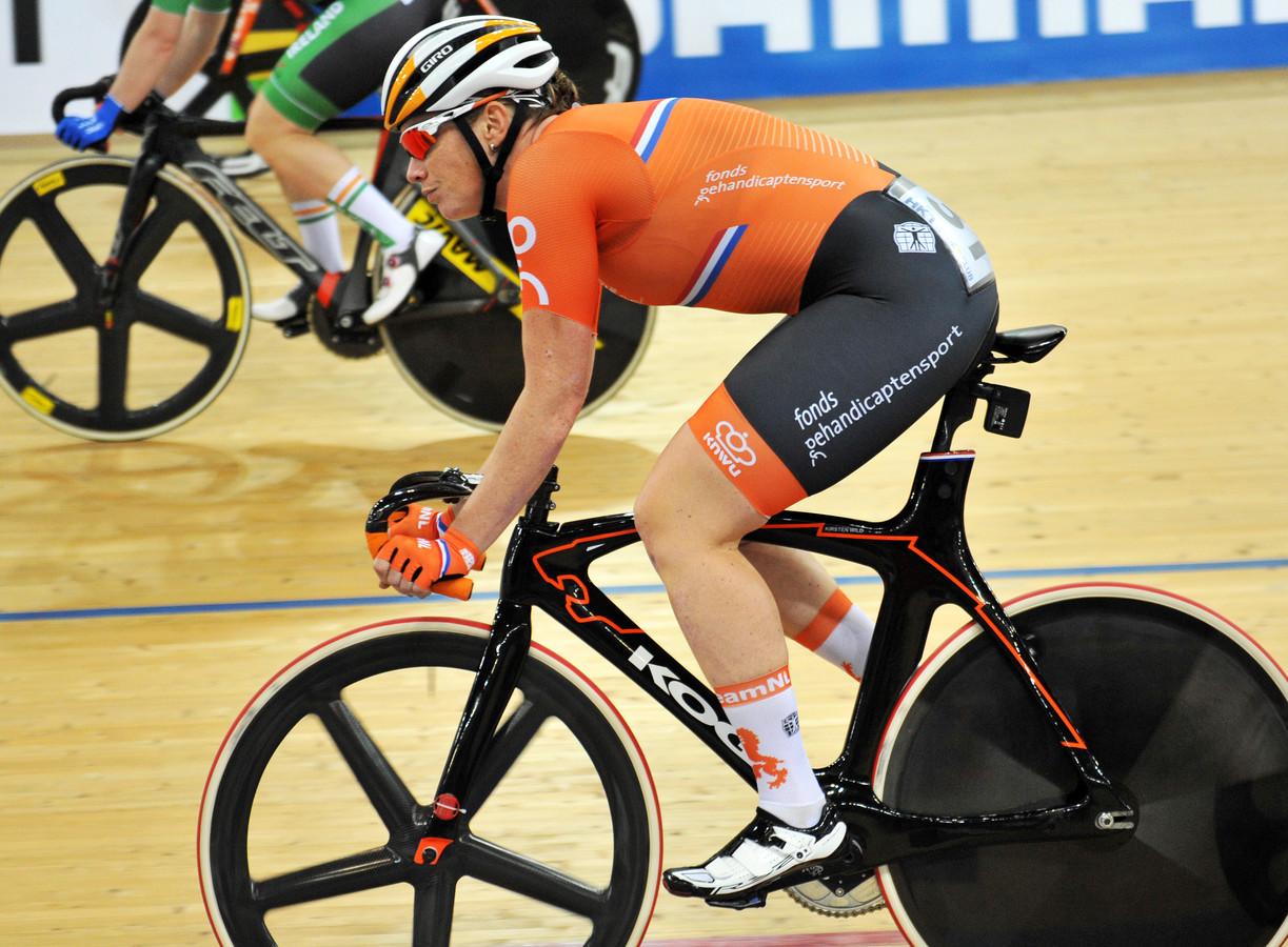 Kirsten Wild won zilver in het omnium en brons tijdens de puntenkoers.