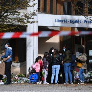 Franse docent Samuel Paty werd slachtoffer van drie filmpjes op het internet