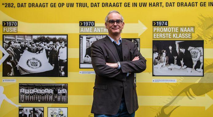 Hans Van Duysen, de eerste voorzitter van Lokeren-Temse, trad dit jaar in de voetsporen van zijn grootvader Adhemar Goeters, de eerste voorzitter van Sporting Lokeren.