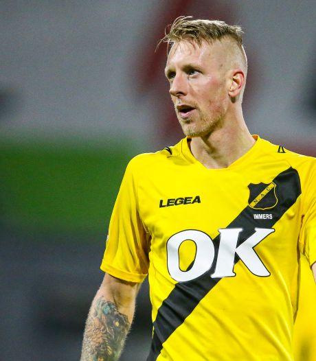 Lex Immers (35) levert NAC-contract in en stopt per direct met voetballen