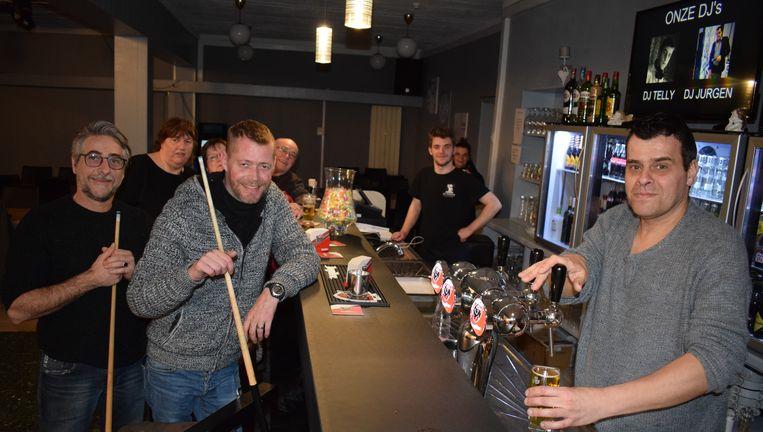 Jurgen Claeys van café Het Groenplein (rechts).
