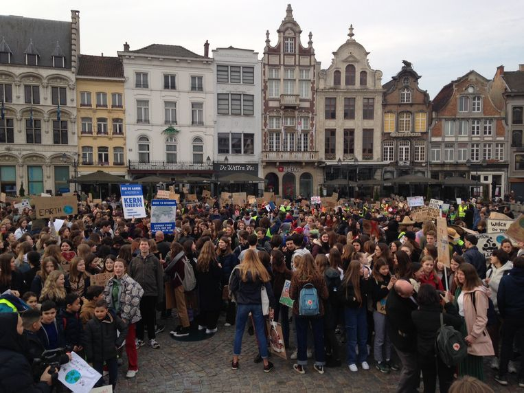 Youth For Climate in Mechelen.  Beeld BELGA