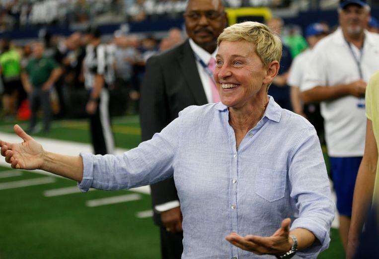 Presentatrice Ellen DeGeneres tijdens een American footballmatch. Beeld AP