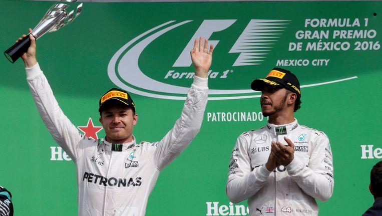 Rosberg (links) en Hamilton (rechts).