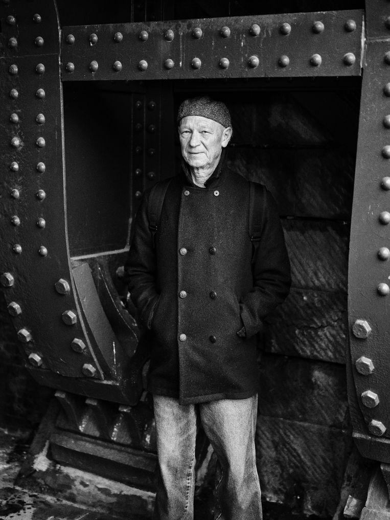 Luk Pereceval: 'Als ik de emotionele verhalen van mijn vader hoor, is de strijd tussen collaborateurs en verzetsstrijders heftig geweest.'  Beeld Thomas Sweertvaegher