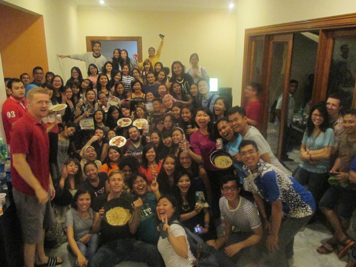 In Jakarta kwamen ruim 150 mensen pannenkoeken proeven. Het grootste feest tot nu toe.