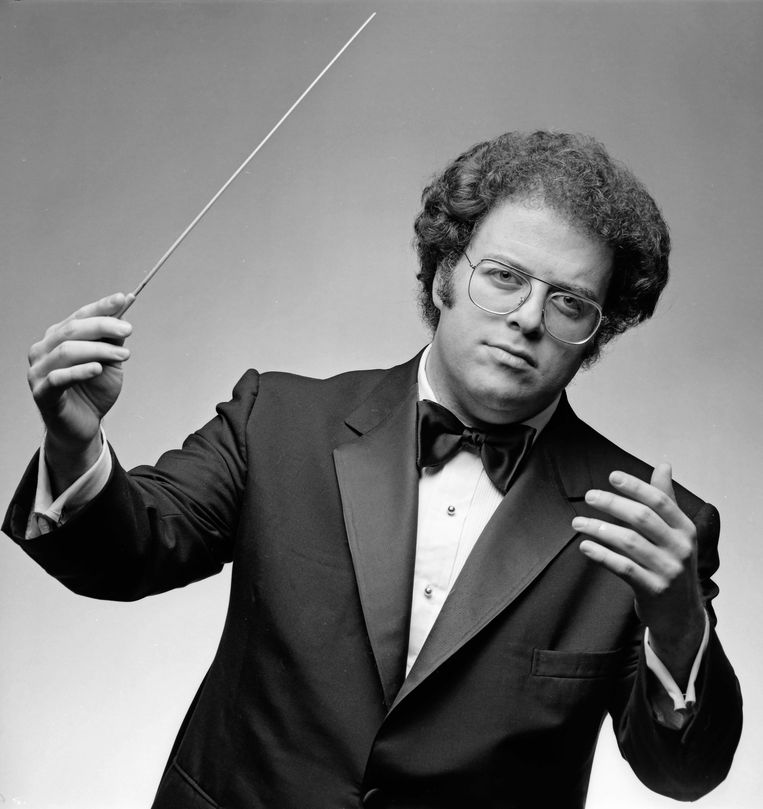 Conductor and pianist James Levine photographed in New York City in 1982. (Photo by Jack Mitchell/Getty Images) Beeld Getty Images