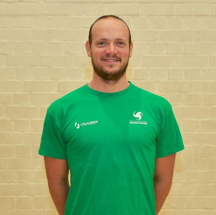 Lander Vandecaveye begint aan zijn eerste seizoen als hoofdcoach bij Marke-Webis. Tot vorig seizoen was hij nog assistent van Dieter Vandenbroucke.