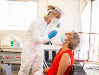 OVERZICHT. Coronabesmettingen stijgen nog maar licht, ziekenhuisopnames nemen met 34 procent toe