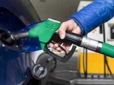 Benzineprijs stijgt naar recordhoogte van bijna 2 euro