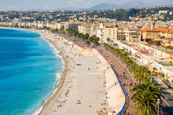 La plage et la Promenade des Anglais à Nice