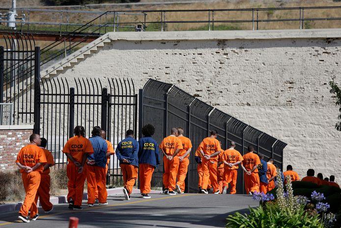 Gevangenen buiten de San Quentin-gevangenis.