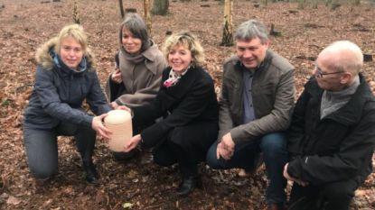 Eerste natuurbegraafplaats van ons land geopend