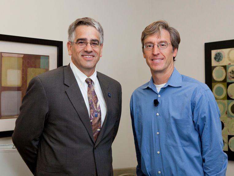 Steven D. Levitt (r), econoom en auteur van 'Freakonomics'. Beeld Theresa Danna-Douglas