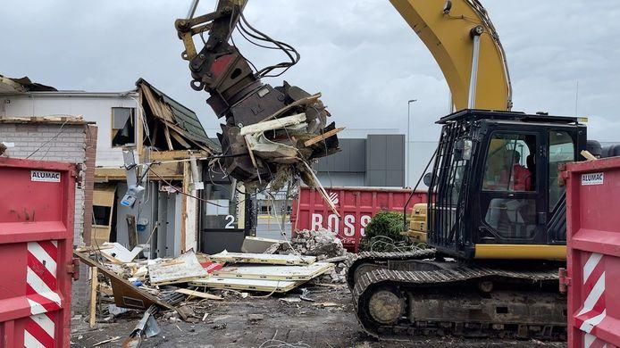 McDonald's Sint-Kruis gesloopt.