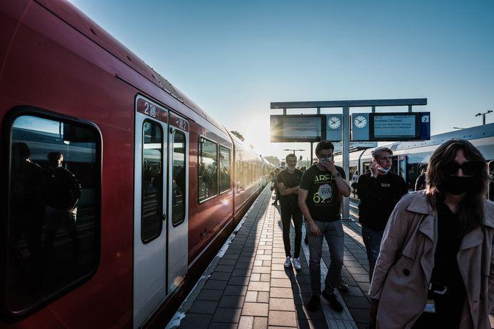 Een dieseltrein op het station van Doetinchem.