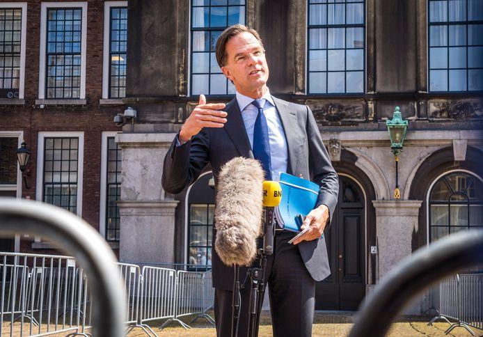 """Mark Rutte (VVD) na afloop van een gesprek met informateur Mariëtte Hamer. ,,Deze gesprekken zijn nodig om vooruit te komen."""""""